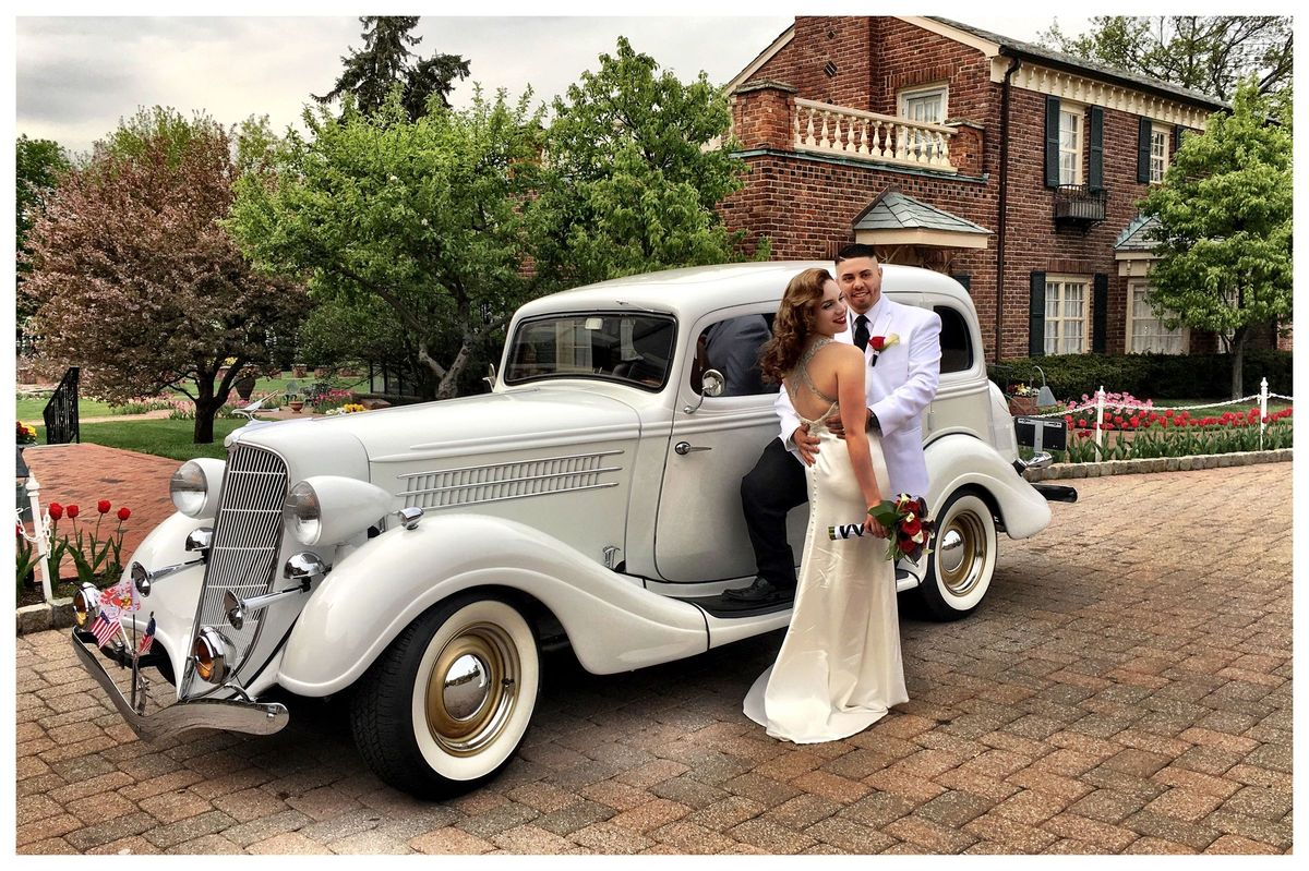 Wedding In Front Of A Vintage Limo